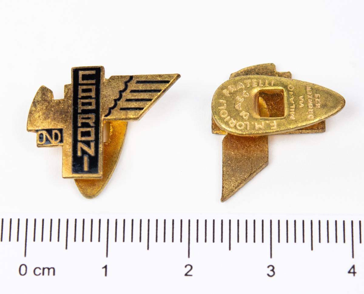 Märken, rockslagsnålar. 1 st. De Havilland Vampire  1 st. SAAB B18 2 st. Caproni 1 st. De Havilland  1 st. Okändt märke 1 st. Vingar märkt CAB