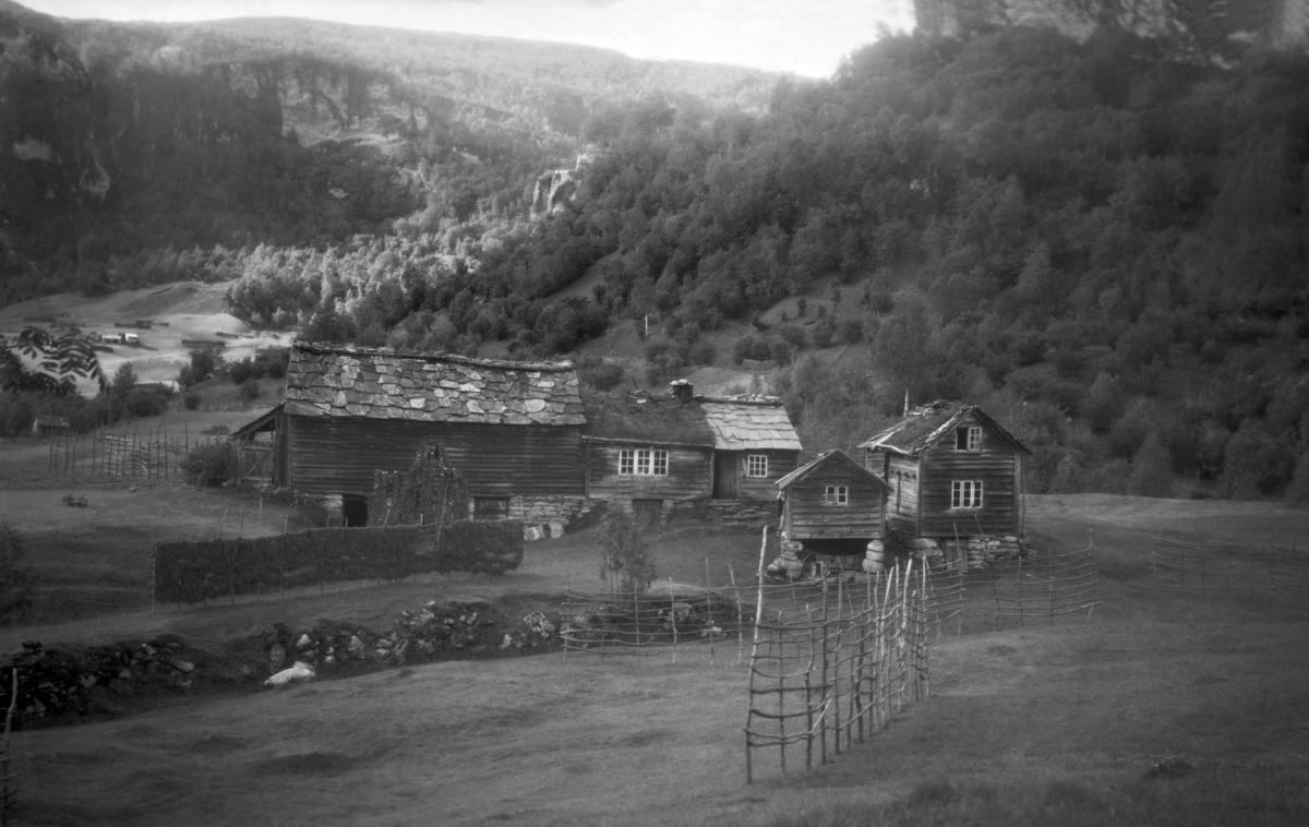 Fotografi av Løyning, 1910. Nordheimsund, Kvam, Hordaland. Fotograf: Torstein Lofthus.