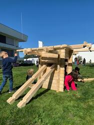 Laftet byggverk fra Barnas Kulturdag på Jessheim (Foto/Photo)