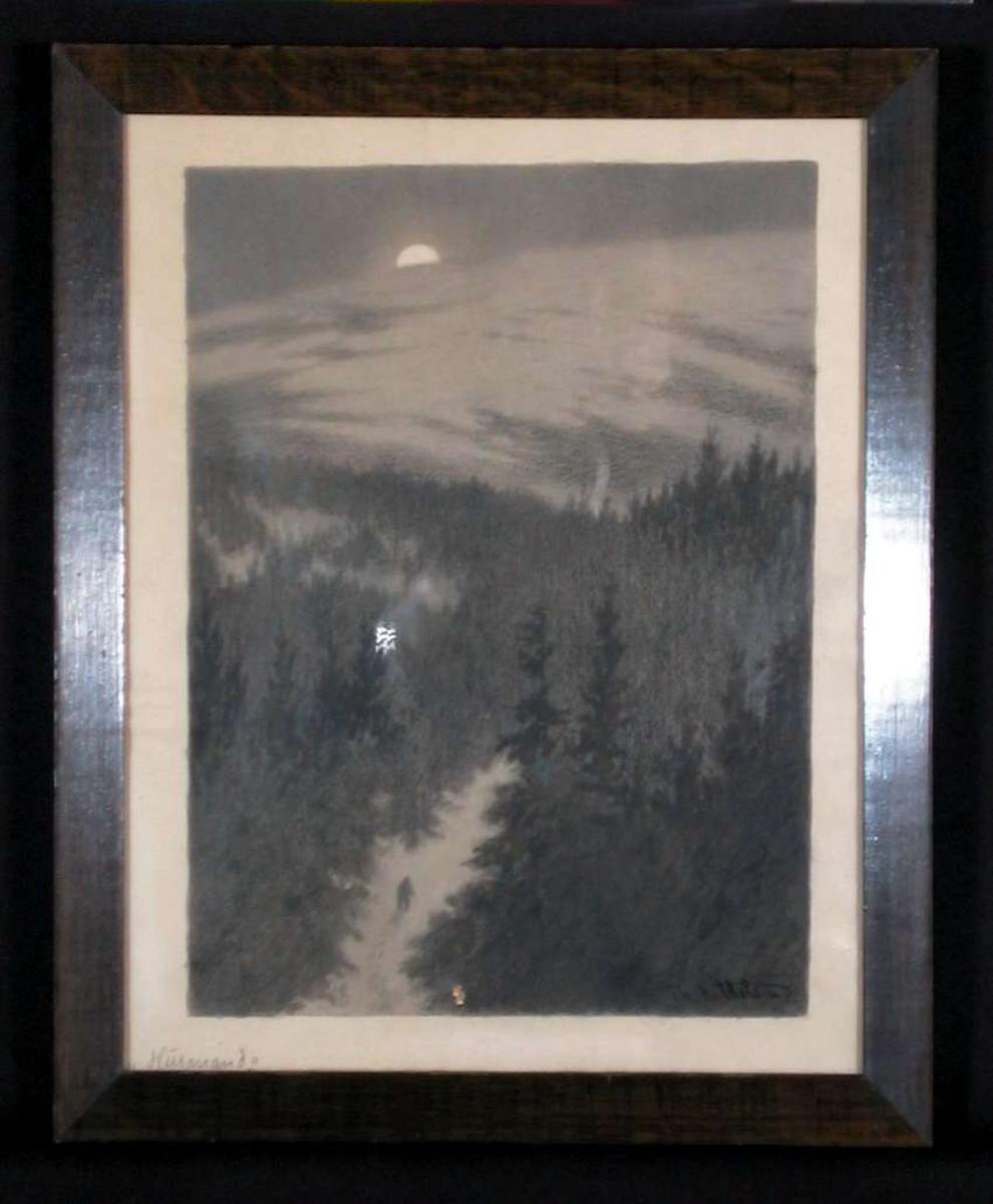 Landskap med skog i måneskinn,  vei med en skikkelse midt i bildet.