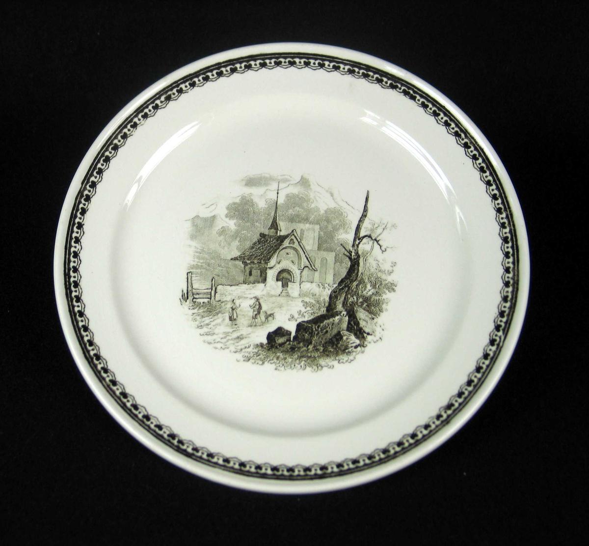 Servise i offwhite keramikk med sort dekor. Serviset består av 2 suppetallerkener, 6 skåler (tefat), 10 desserttallerkener og 6 asjetter.
