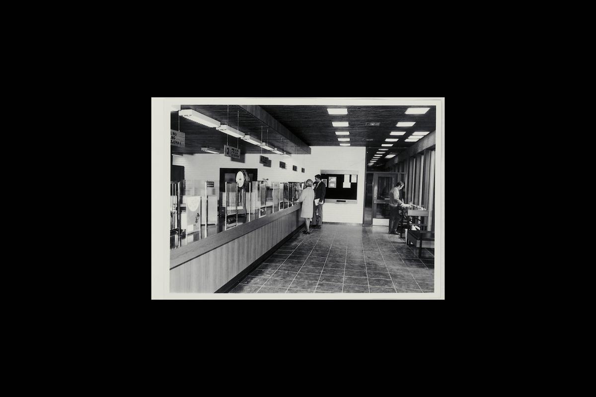 interiør, postkontor, 6800 Førde, publikumshall
