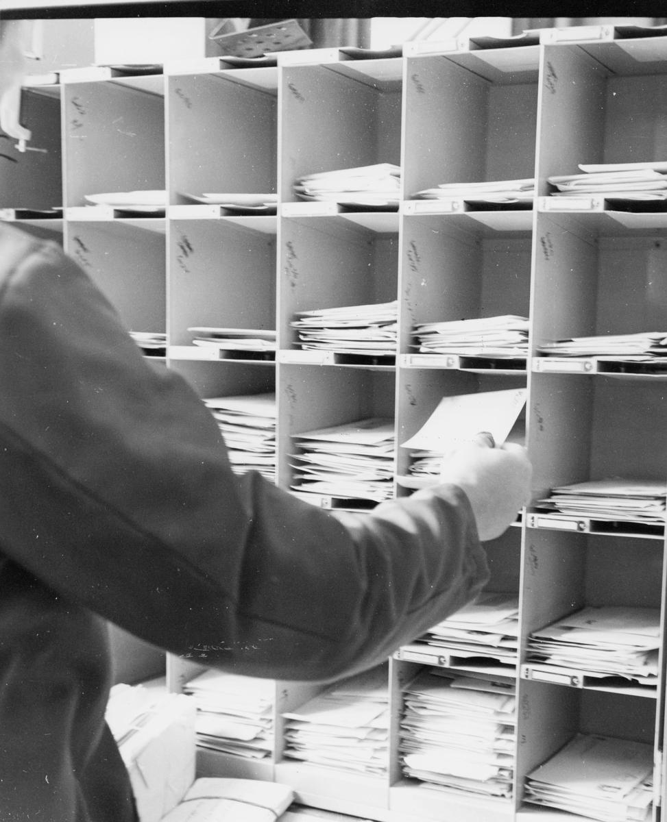 postbehandling, sortering, sorteringsreol