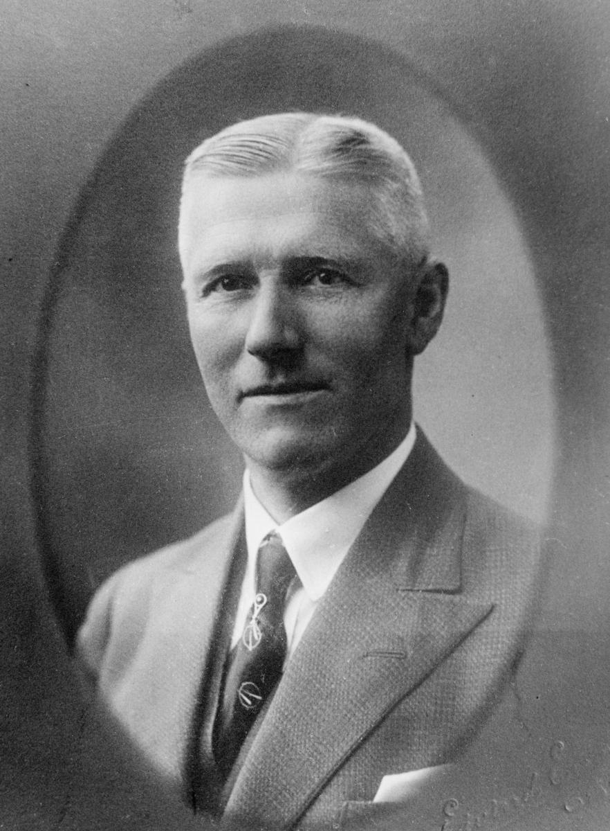 portrett, postmester, Johan Adolf Arntzen