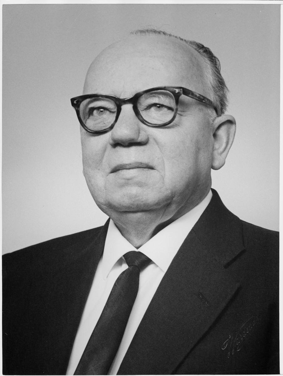 postmester, Bue Asbjørn, portrett