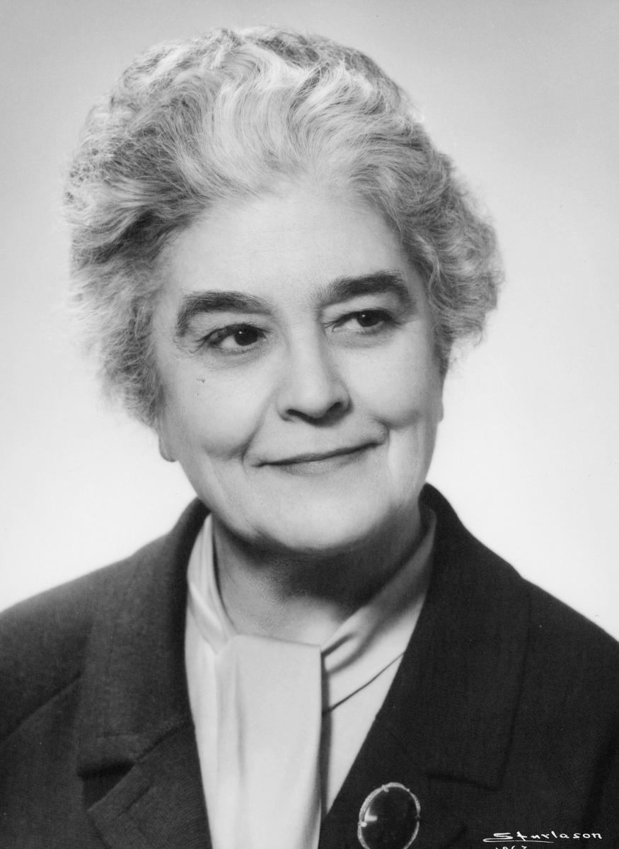 postmester, Gulbrandsen Ingeborg, portrett