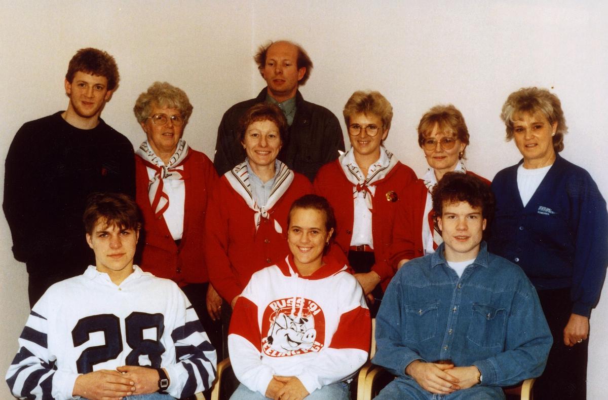 gruppebilde, personale fra Skedsmokorset postkontor