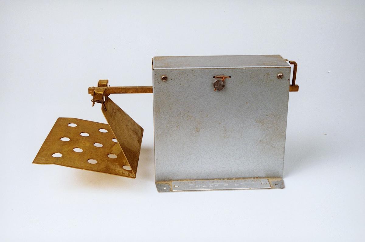 Postmuseet, gjenstander, vekt, portokontrollvekt, brevvekt.