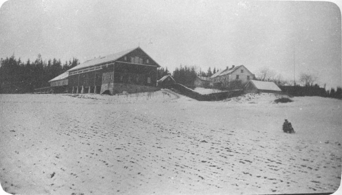 Ambjørnrud gård, Kråkstad.