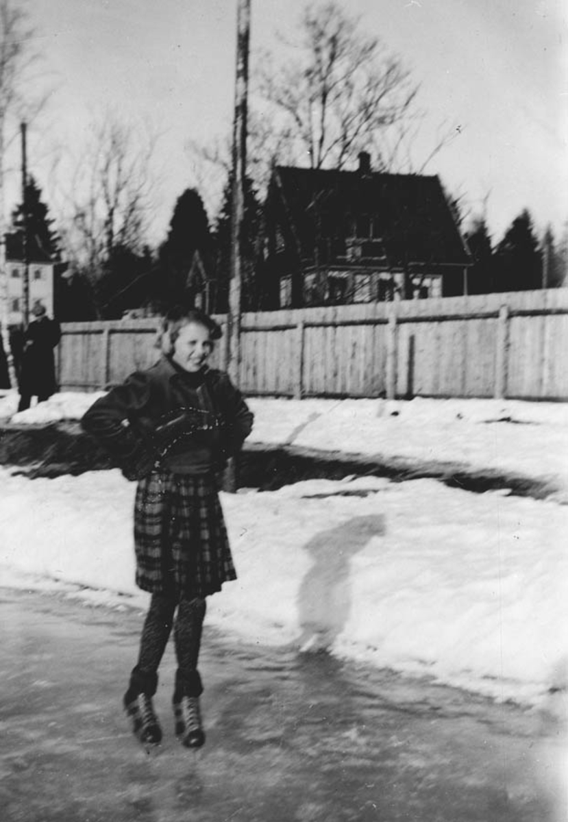 Lise Rosendal Jensen går på skøyter