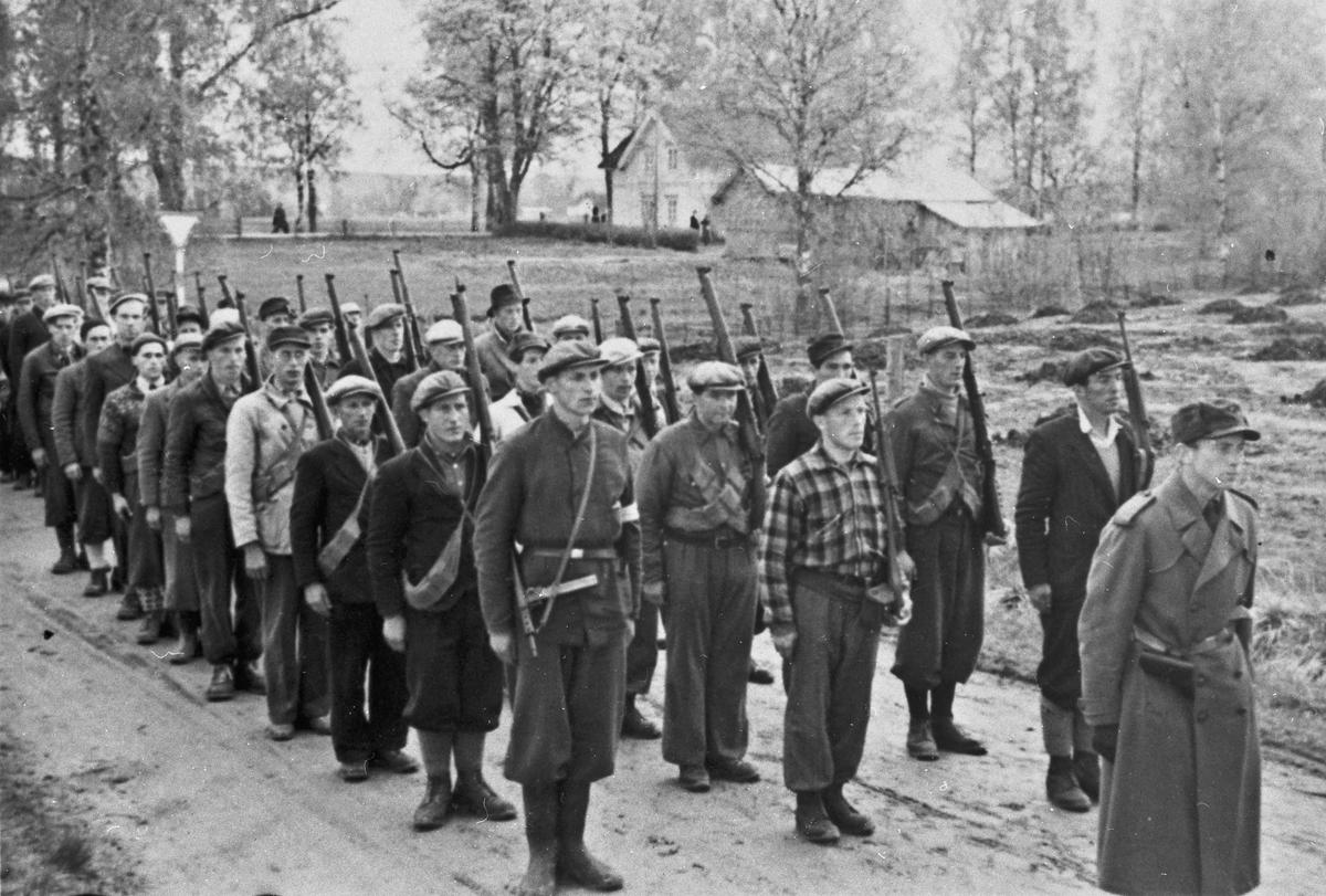 HS-folk. Sommeren 1945.