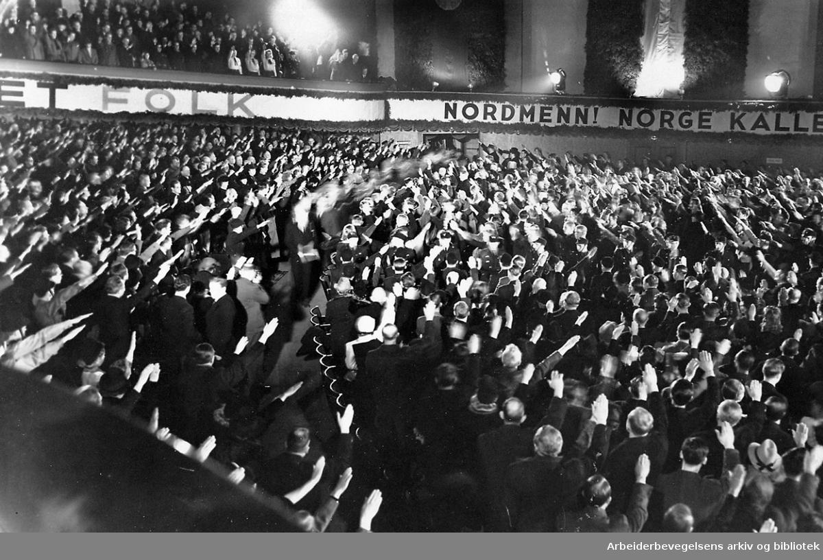 NS-arrangement i Colosseum Kino, .1940-45.