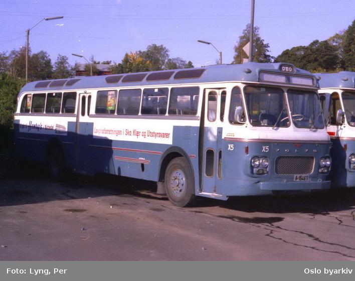 Busser, De Blå Omnibusser, DBO buss A-15463 på Alnabru bussgarasje.