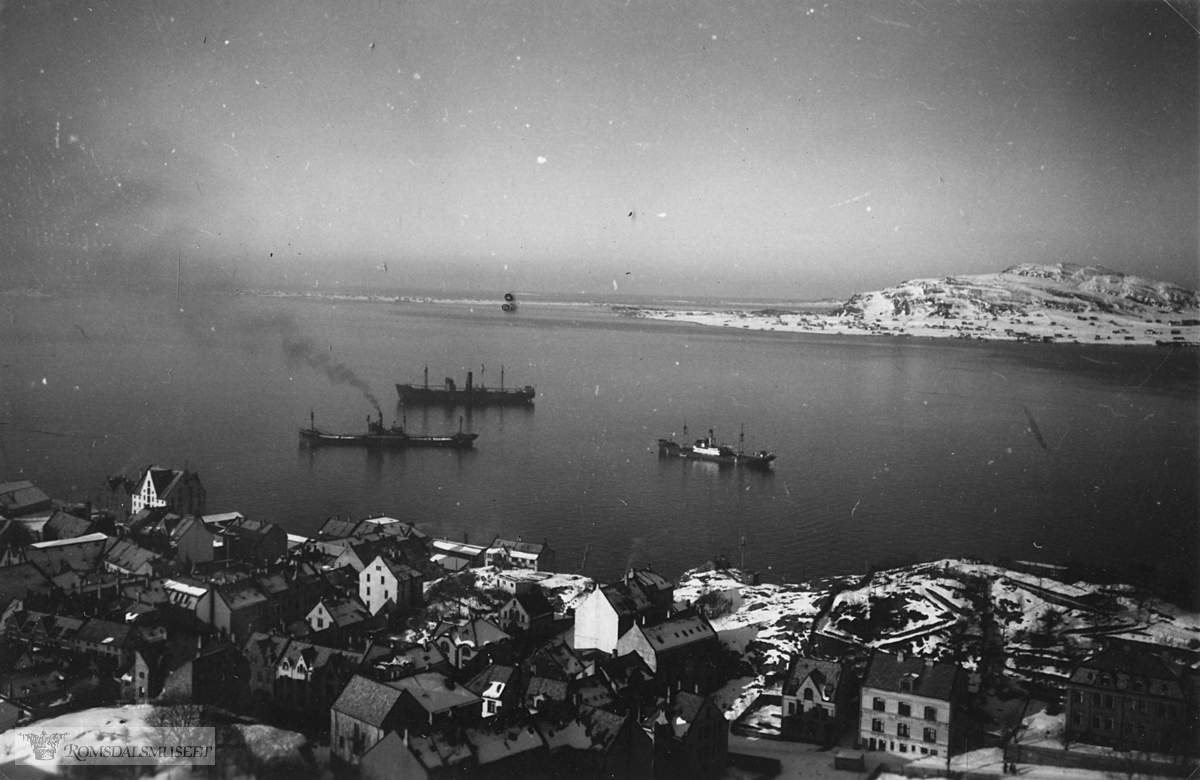 (Bilder tatt av Tyske soldater under krigen) ..