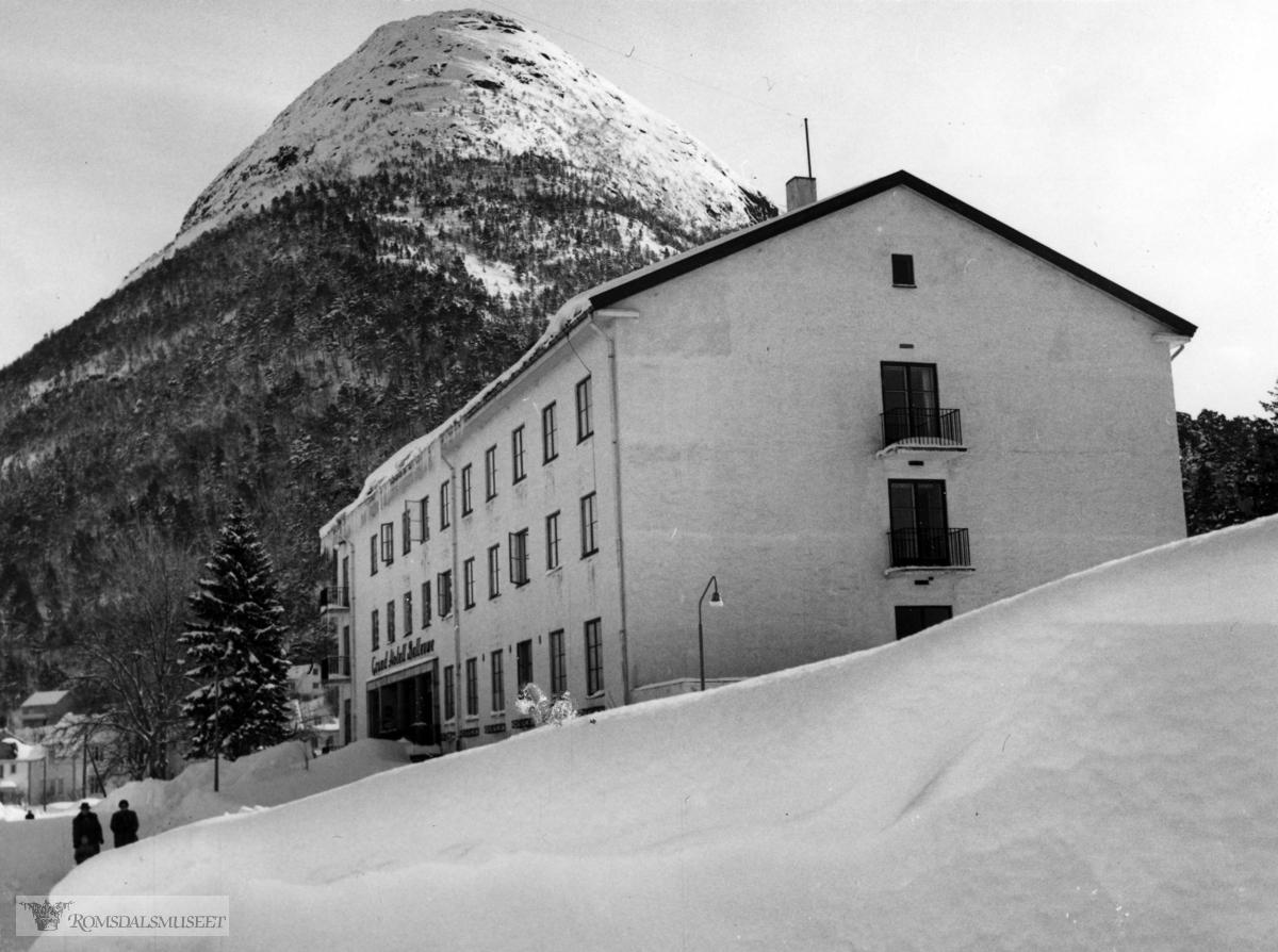"""Vinter på Hotellet"" .Grand Hotell Bellevue"