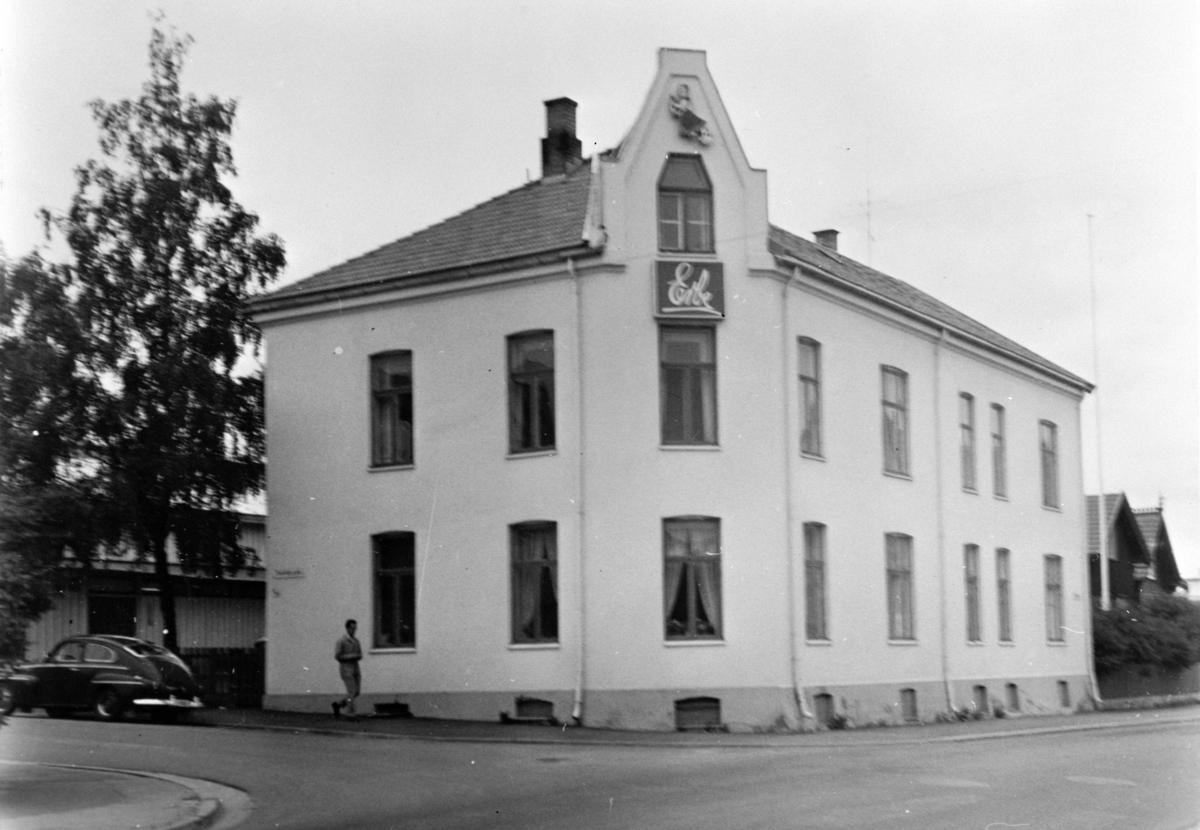 EKSTERIØR SVERDRUPSGATE 44, VANGSVEGEN/SVERDRUPSGATE, ERBEGÅRDEN