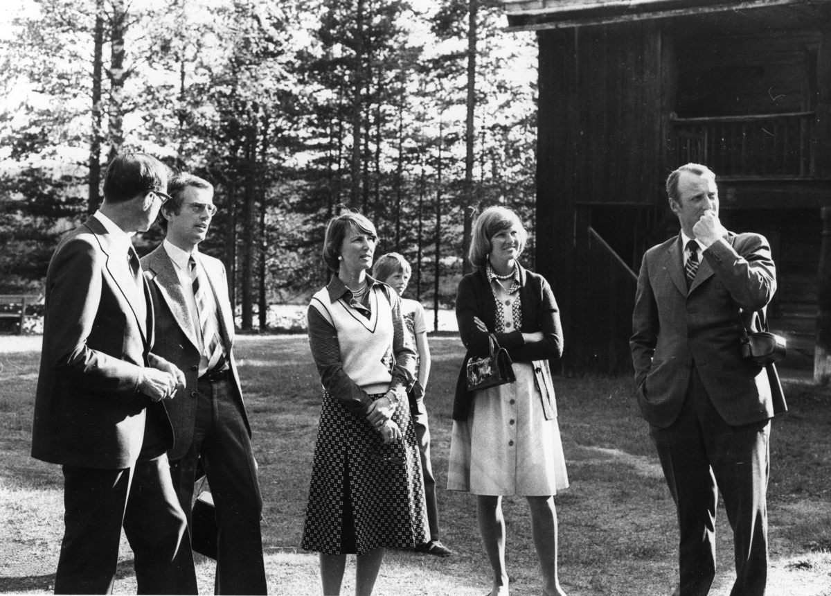 Kronprinsparet besøker Glomdalsmuseet