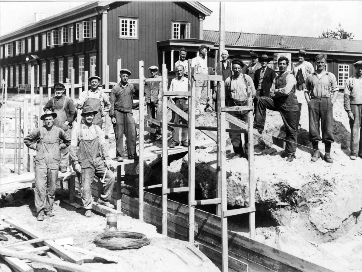 Byggearbeid, Folkehøyskole