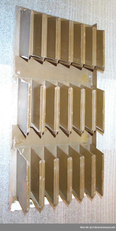 Billettholder - for montering på vegg eller i skap