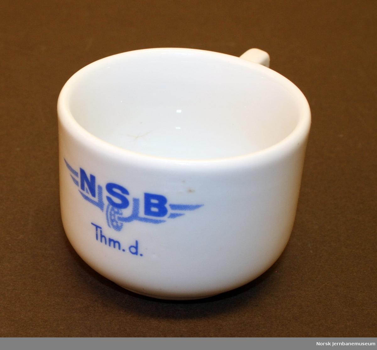 """Kaffekopp med logo """"NSB"""" og """"Thm.d."""""""