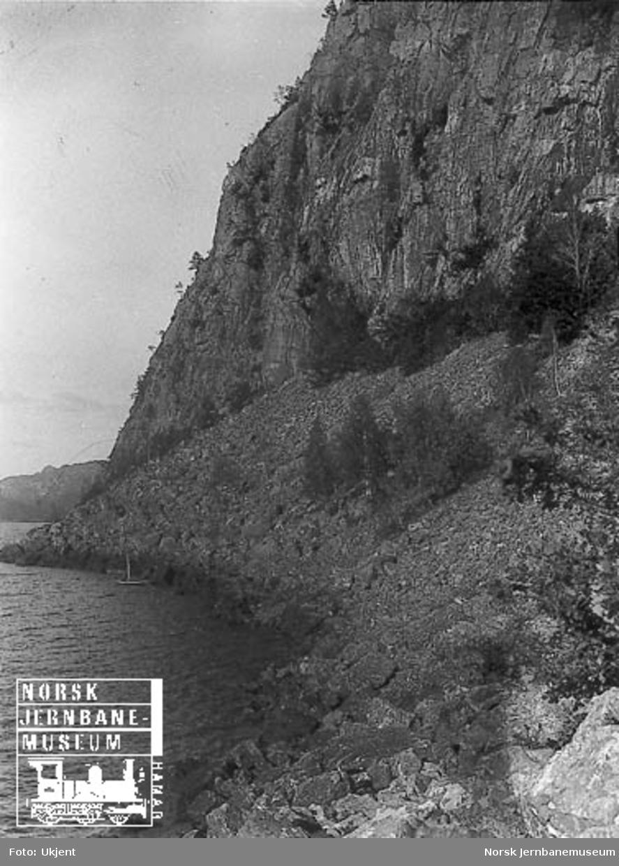 Fra Flekkefjordbanen før anlegget, ur ved Gjeilefjellet