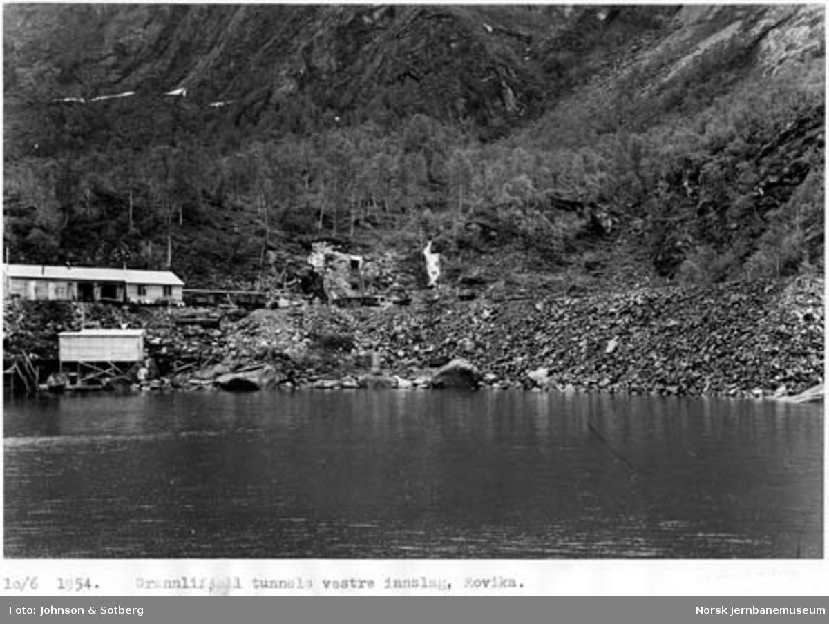 Sulitjelmabanens forlengelse : vestre innslag til Grønlifjell tunnel i Movika