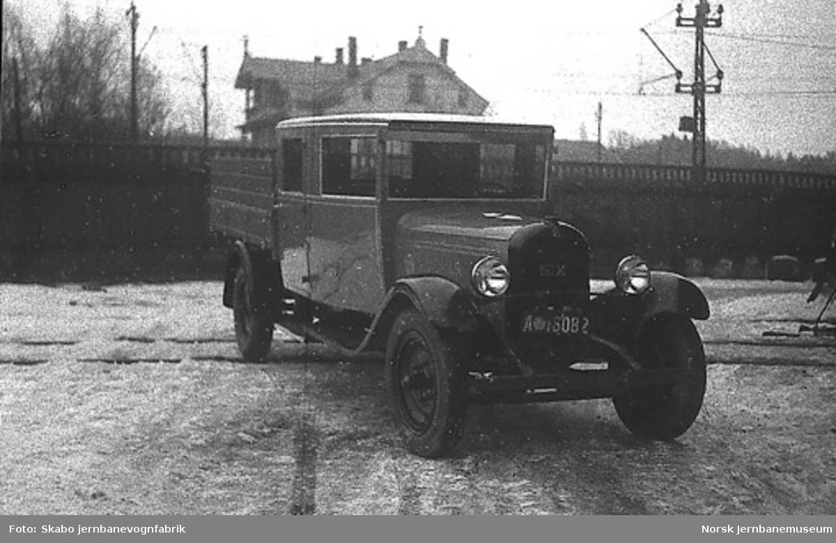 Kombinert lastebil til ukjent kunde