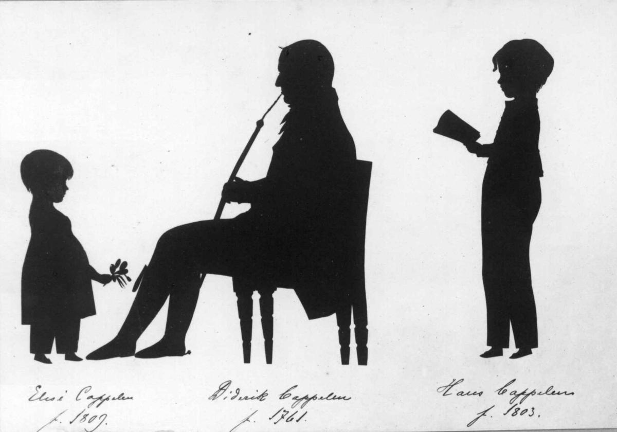 Silhuettportrett av Didrik von Cappelen og hans barn Hans og Elise. Kunstneren er Franz Liborius Schmitz. Han var i Norge 1812-14, og silhuetterne er antatt klippet i Skien tidligt i denne periode.