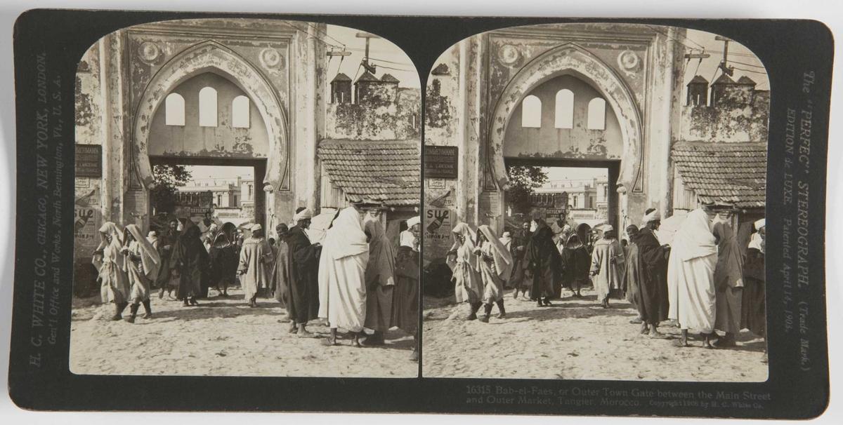 Stereoskopi. Bab-el-Faes, den ytre byporten mellom hovedgaten og markedet i Tanger, Marokko.