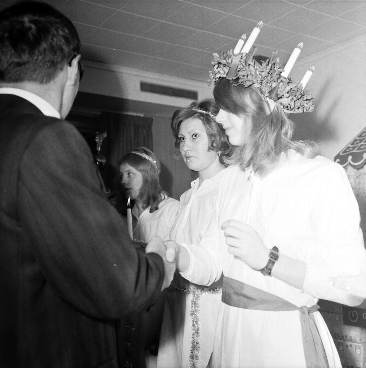 Kröning av Lucia på Pricks Bagerier AB:s julfest, Tierp, Uppland 1973