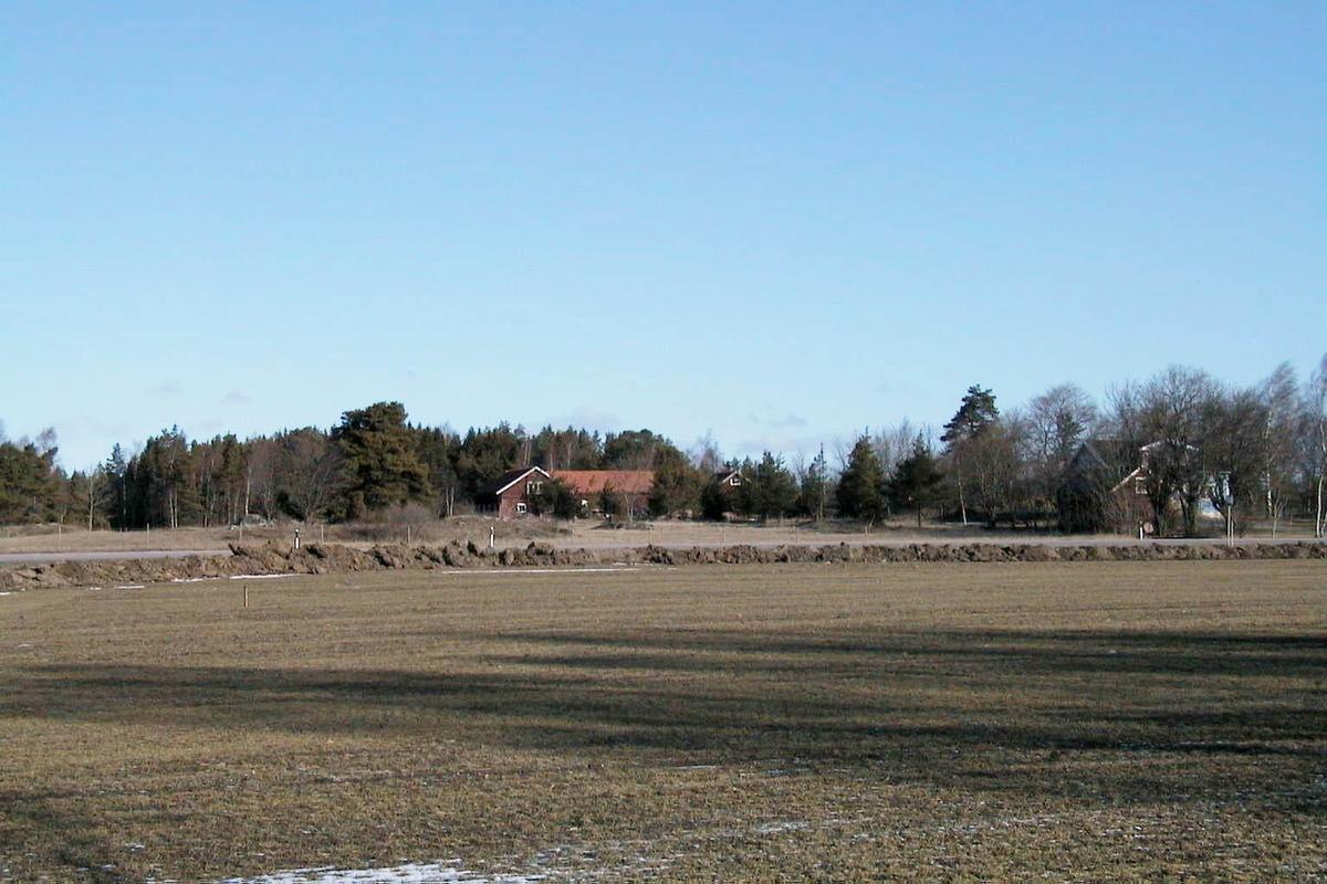 Arkeologisk schaktningsövervakning, Blåbo, Litslena socken, Uppland 2000
