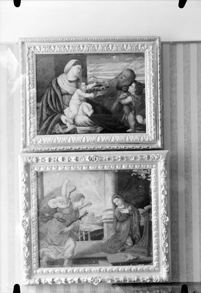 Oljemålningar hos antikaffären Gammalt & Nytt, Dragarbrunnsgatan 47, Uppsala 1936