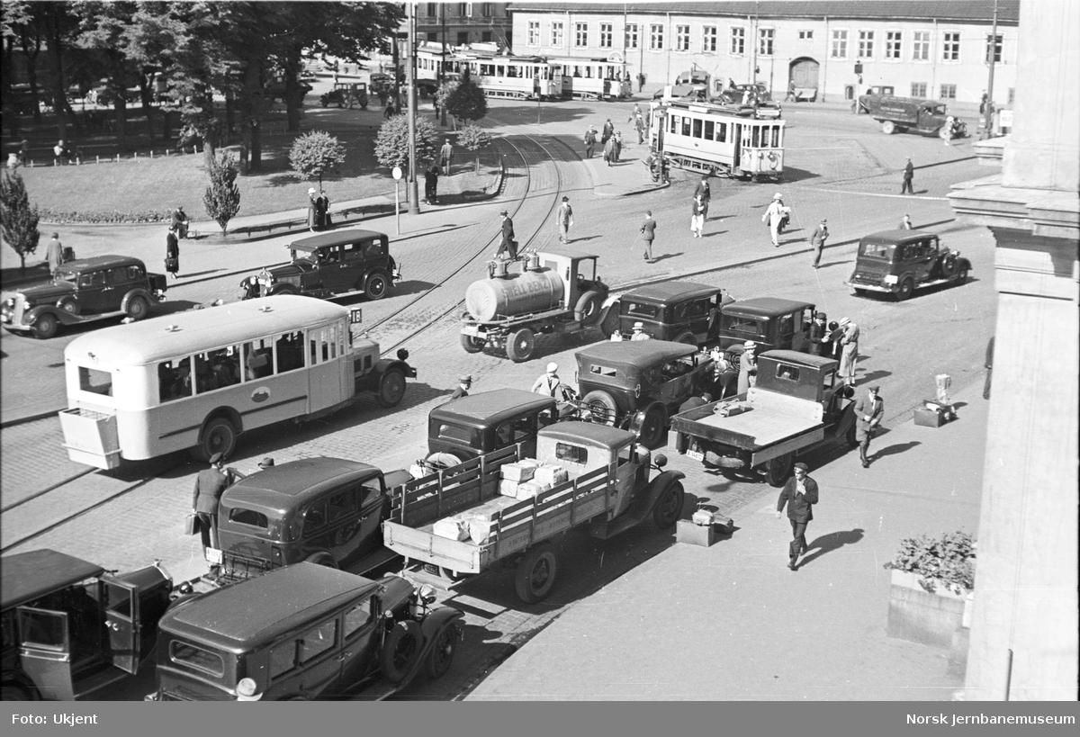 Biltrafikk på Christian Fredriks plass, Oslo