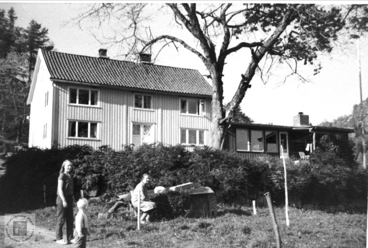 Bygning på Mindrebø, Bjelland.