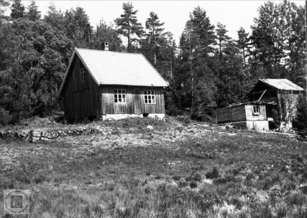 """Fyllstean"" Tversland, Bjelland."