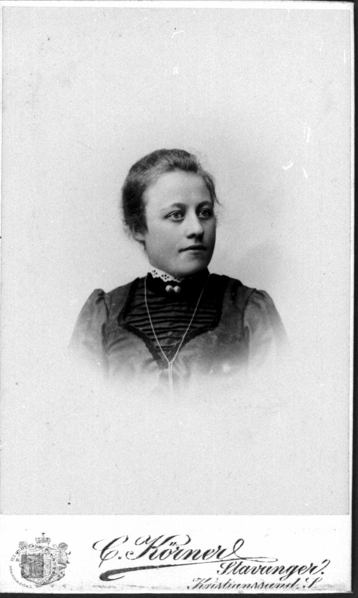 Portrett av Anna Torjusdtr. Bjerland, Bjelland.