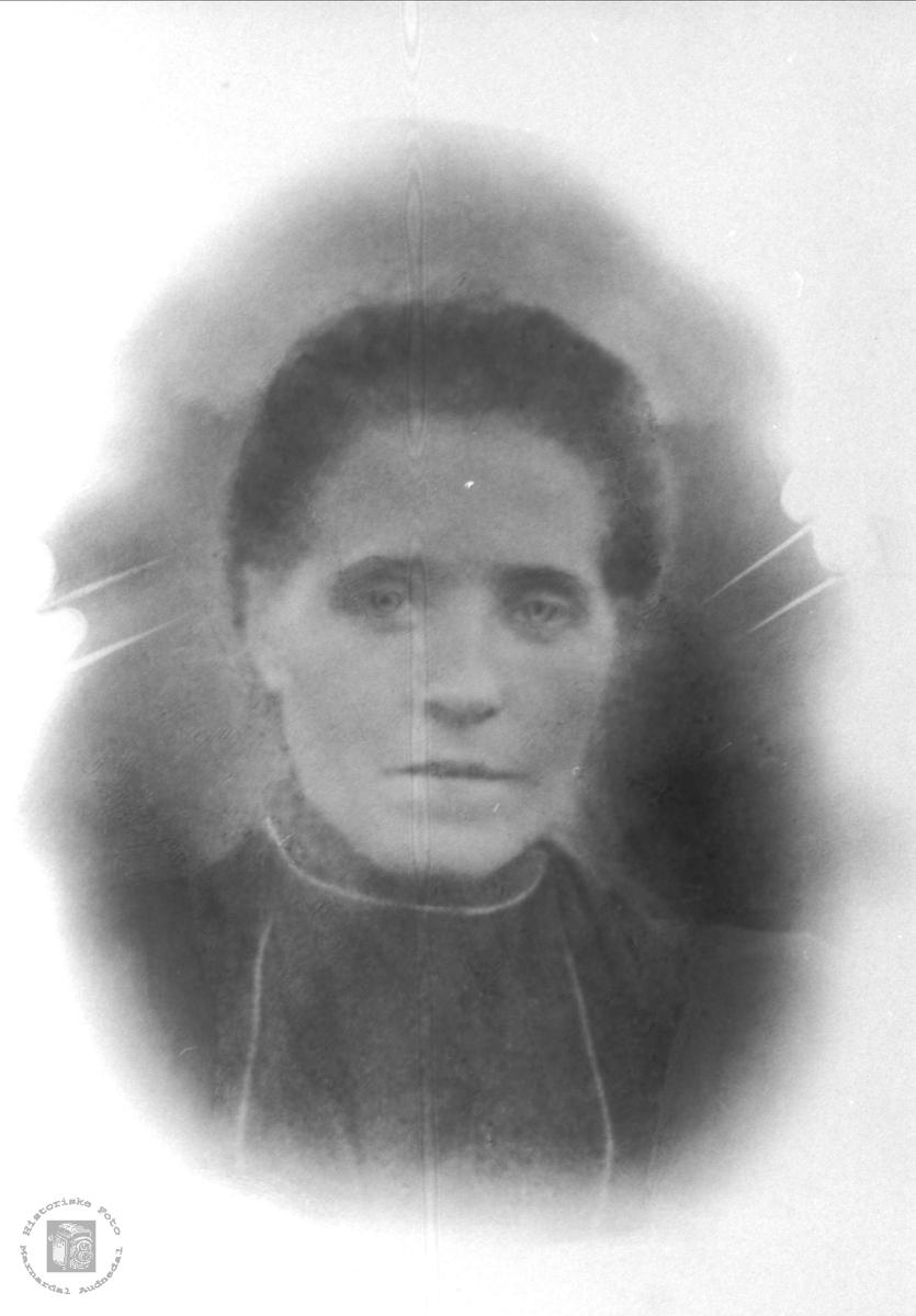 Portrett av Anna Steinsland, Hægebostad.