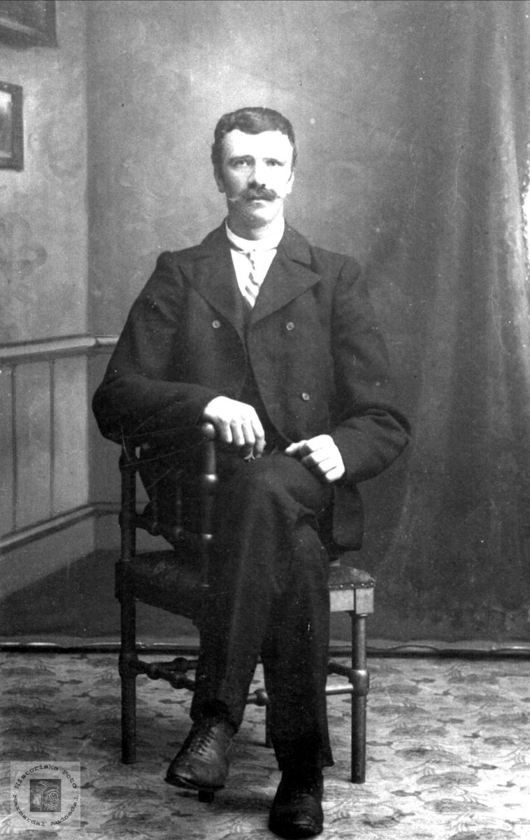 Portrett av Salve Simonsen Usland, Øyslebø.