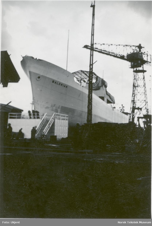 Lasteskipet M/S Baldrian, B/N 486 på bedding på Akers Mek. Verksted før stabelavløpning 29. april 1947. Skipet ble levert i 1947 til Fred. Olsen & Co.