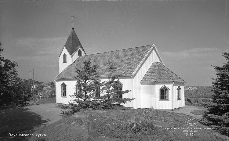 """Enligt AB Flygtrafik Bengtsfors: """"Bovallstrand kyrka Bohuslän""""."""