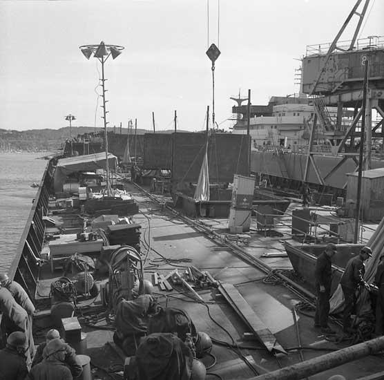 265 M/S Krymskie Gory vid utrustningspiren.
