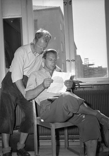"Enligt notering: ""Orienteringskurs Idrottshallen 12/8 1947""."