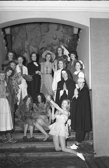 """""""Flickskolans Lucia 13 december 1948"""""""