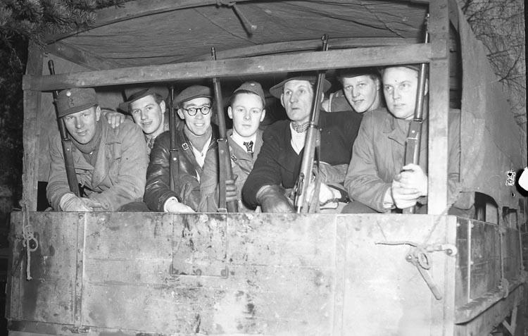 """Enligt notering: """"Fältskytte Feb 1950""""."""