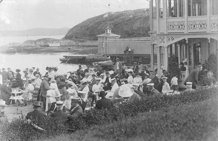 """Enligt text som medföljde bilden: """"Lysekils Havsbad år 1901."""""""