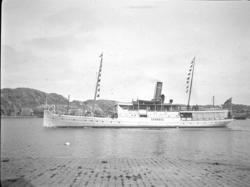 Ångaren LYSEKIL i Marstrands hamn