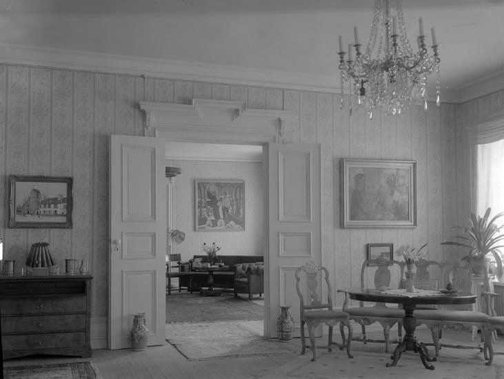"""Text som medföljde bilden: """"1951. 11. Interiör från Torps Herrgård.""""  ::"""