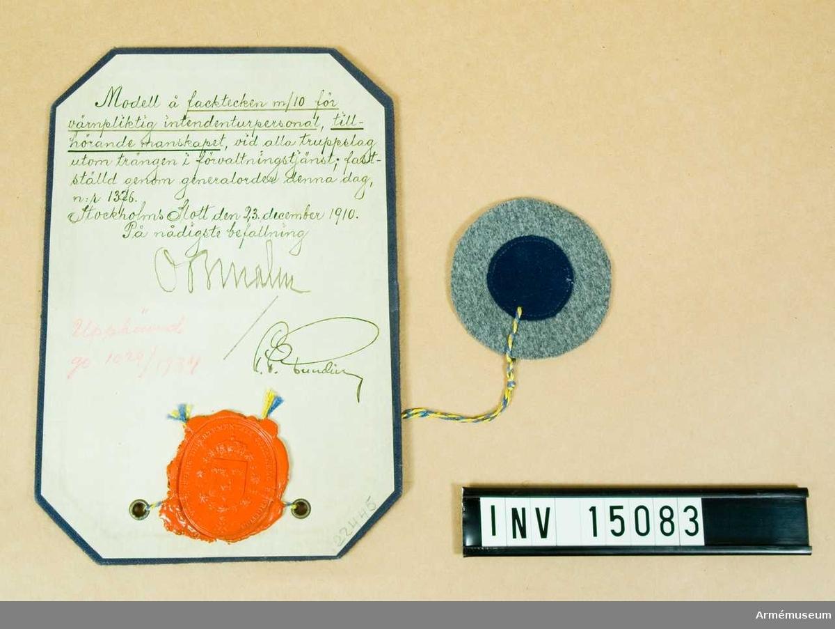 Grupp C I.  Modell å facktecken m/1910 för värnpliktig intendenturpersonal,  tillhörande manskapet, vid alla truppslag, utom trängen i  förvaltningstjänst; fastställd genom go nr 1376 den 23. december  1910. Upphävd genom go nr 1029/1934.