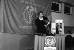 """Enligt fotografens journal nr 7 1944-1950: """"Köpmannaförening"""