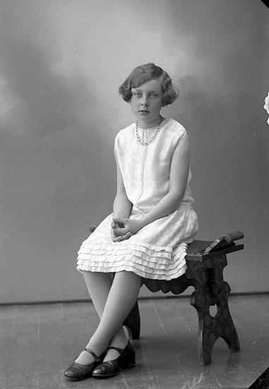 "Enligt fotografens journal nr 6 1930-1943: ""Svensson, Fru Martina Göteborg""."